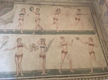 """Famous """"bikini ladies"""""""